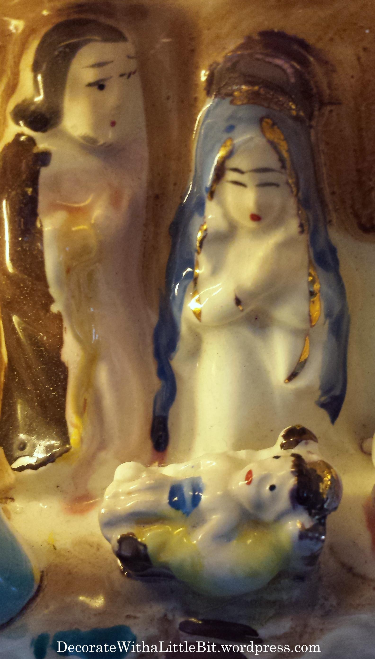 4 ceramic creche 13