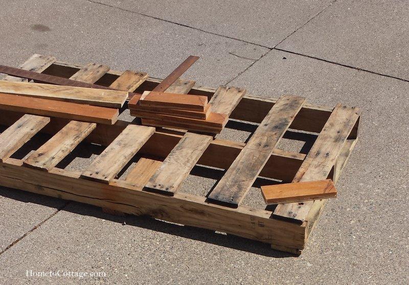 HometoCottage.com cut board