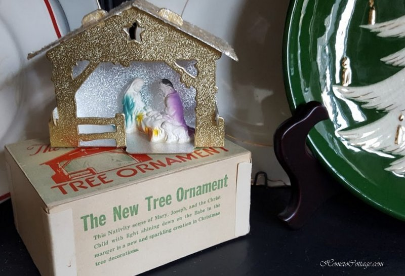 HometoCottage.com paper nativity