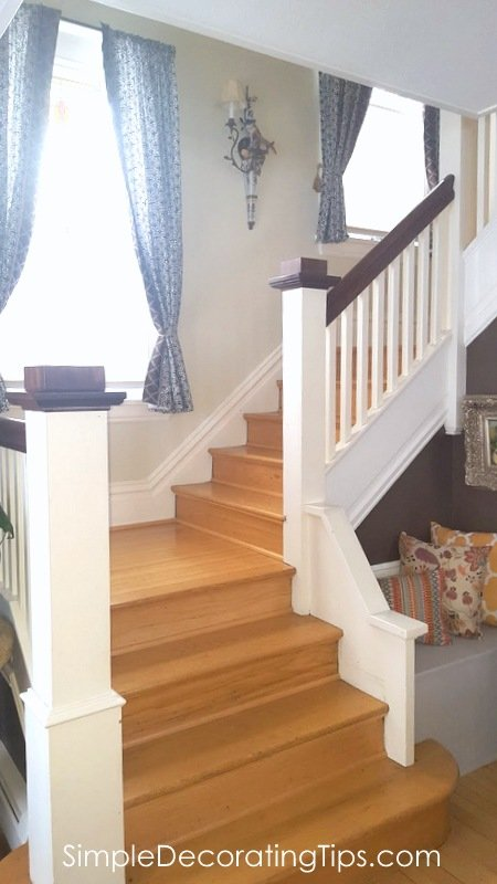 SimpleDecoratingTips.com staggered windows on landing of from stairway