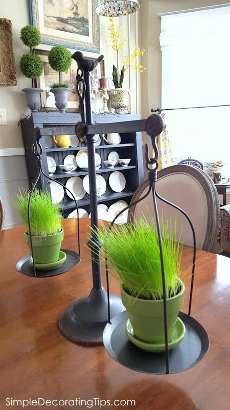 SimpleDecoratingTips.com balance scale as planter
