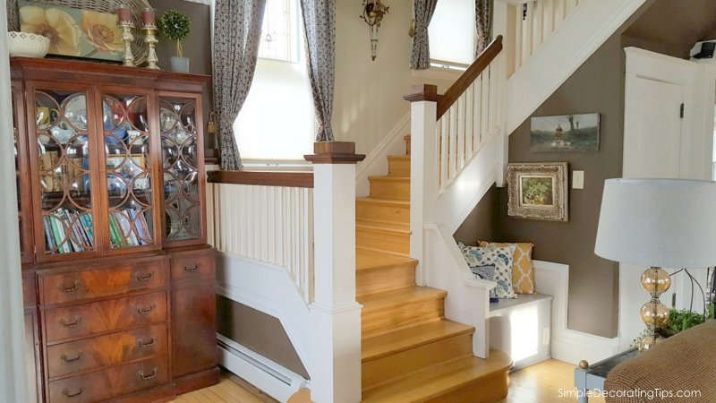 SimpleDecoratingTips.com Our 100 Year Old House prelisting listing