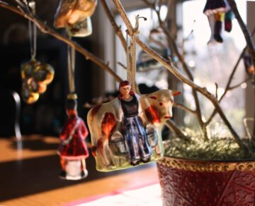 Rustic Twigs get a Gilded Finish for Christmas