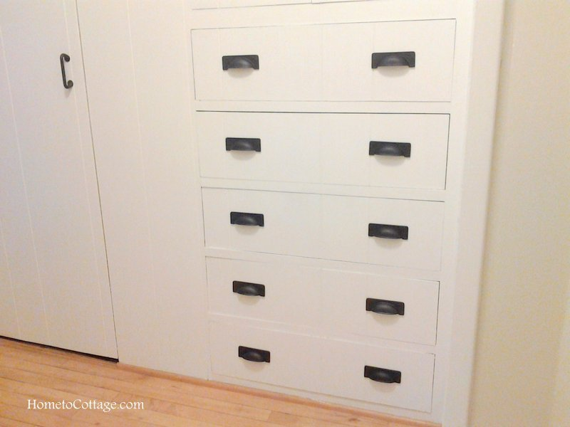 HometoCottage.com linen closet with new hardware but no labels