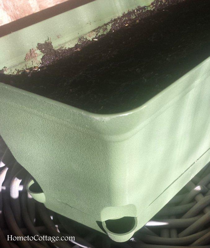 HometoCottage.com self watering planter
