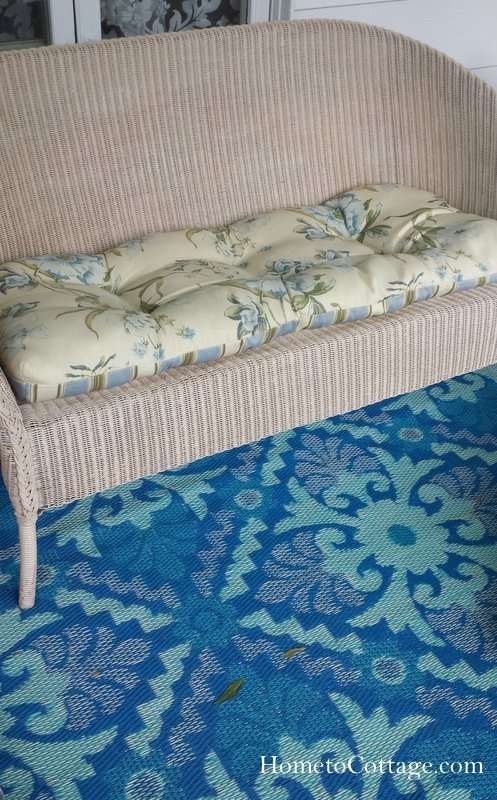 HometoCottage.com old cushions