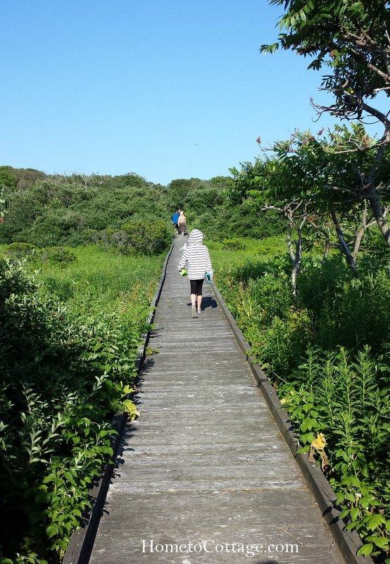 HometoCottage.com boardwalk across the island