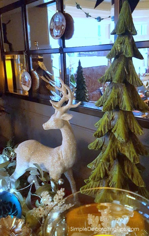 SimpleDecoratingTips.com Deer Themed Christmas Decorating Ideas