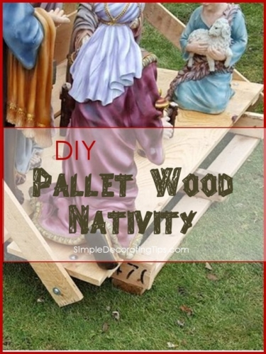 using pallet wood for outdoor nativity